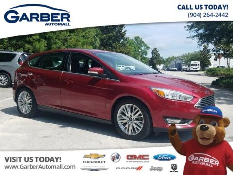 PRE-OWNED 2017 FORD FOCUS TITANIUM W/NAVIGATION FWD HATCHBACK