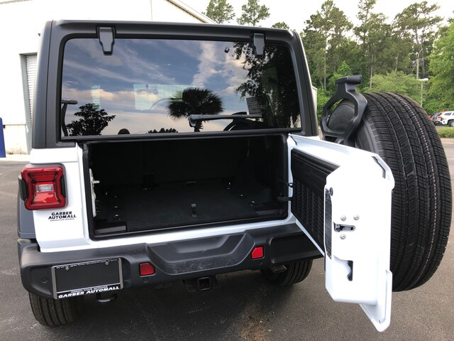 New 2019 Jeep Wrangler Unlimited Sport, 4x4, Hardtop, Tow, Black Steps