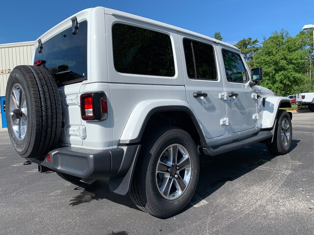 New 2019 Jeep Wrangler Unlimited Sahara 4x4 Trailer Tow, Leather, Remote Start