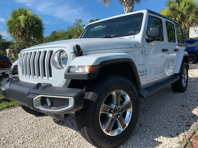 New 2019 Jeep Wrangler Unlimited Sahara 4x4 Leather Seats, Hard Top