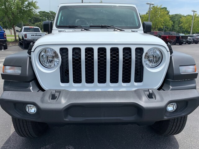 New 2020 Jeep Gladiator Sport 4x4, Soft Top, auto, 24s package