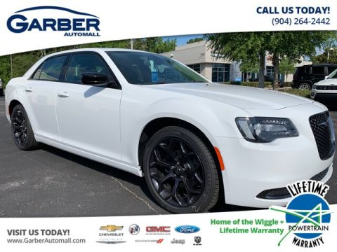 New 2019 Chrysler 300 Touring, Sport Appearance Package, V6