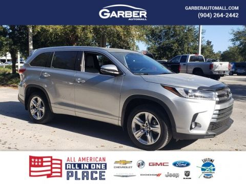 PRE-OWNED 2018 TOYOTA HIGHLANDER LIMITED WITH NAVIGATION & AWD